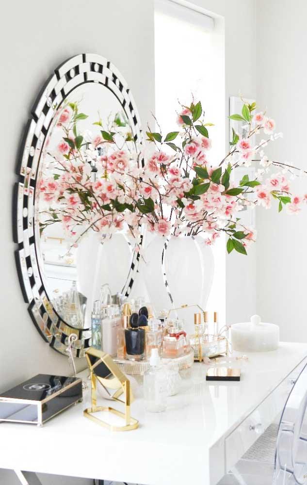 Quer uma flor linda e fácil de cultivar? Então aposte suas fichas na begônia; a espécie ainda apresenta diferentes variações de cores para você se apaixonar