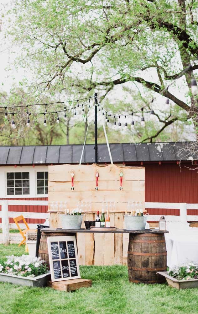 Um jardim é o local perfeito para celebrar um Chá Bar rústico