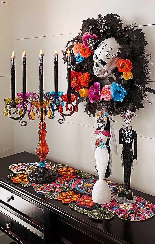 """Um luxo essa decoração de aniversário com o tema """"Festa no Céu""""; perfeita para um aniversário de adulto"""