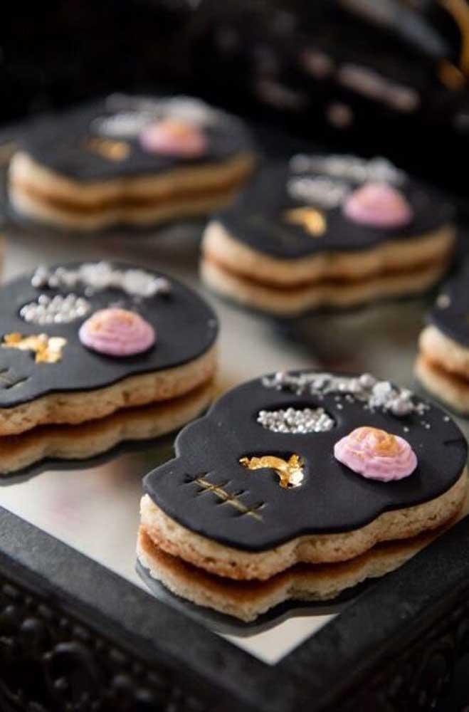 Biscoitinhos em formato de caveira; nada mais autêntico do que isso para uma festa de Dia de Los Muertos