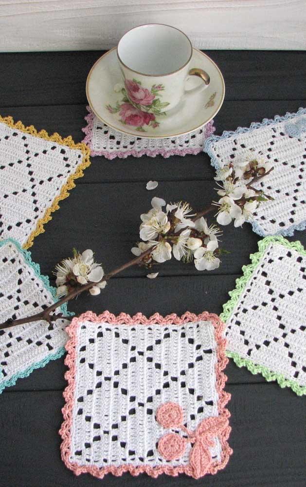 Guardanapos de crochê quadrados em ponto simples e fácil de fazer