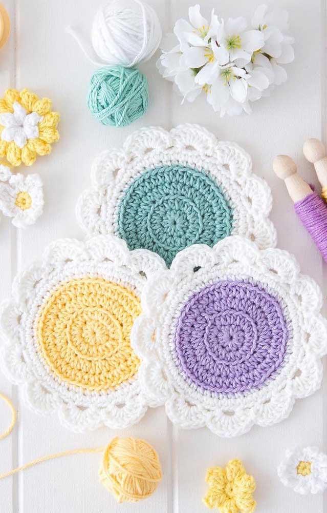 Guardanapos de crochê maravilhosamente rústicos feitos com pontos mais grossos e maiores