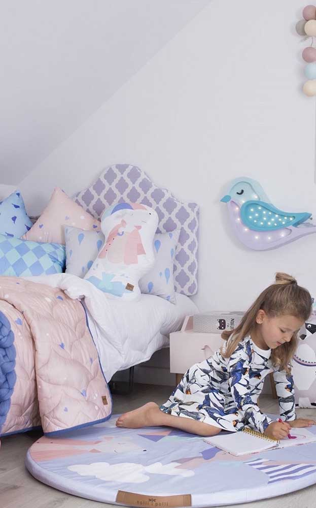 O espaço perfeito para brincar e soltar a imaginação, sem os pais precisarem se preocupar com a temperatura do piso