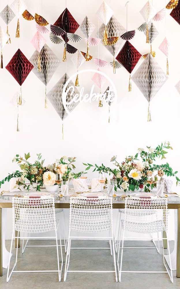 Enfeites de papel: a melhor opção para quem deseja uma decoração linda e sem gastar muito