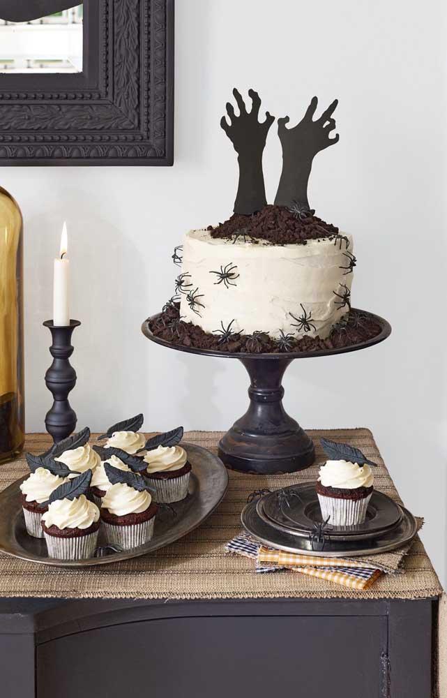 O que acha dessa sugestão apavorante de decoração de festa? Perfeita para um Halloween
