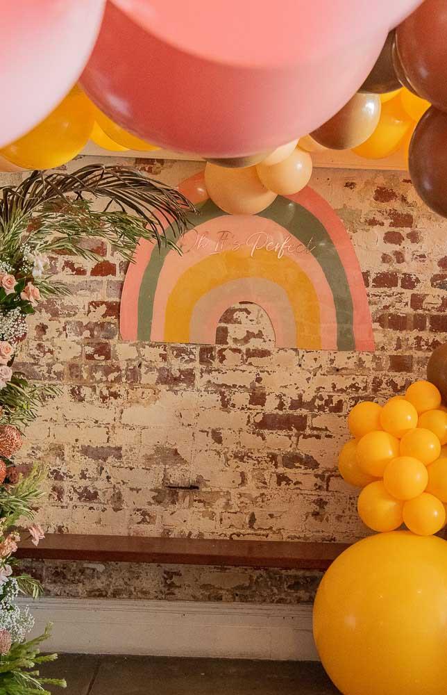 Decoração de festa arco íris; muitas cores e alegria para acompanhar o tema