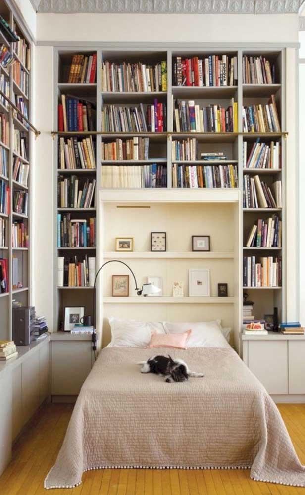 Biblioteca no quarto ou um quarto na biblioteca?