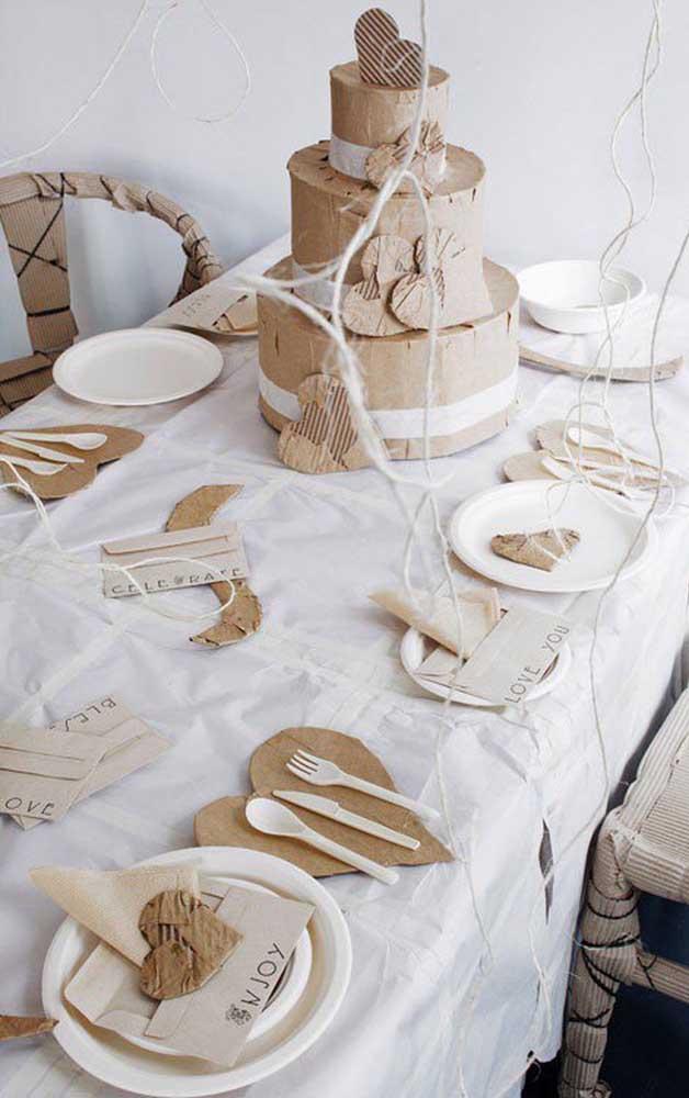 Inspiração em papel kraft para decorar o jantar de Bodas de Papel