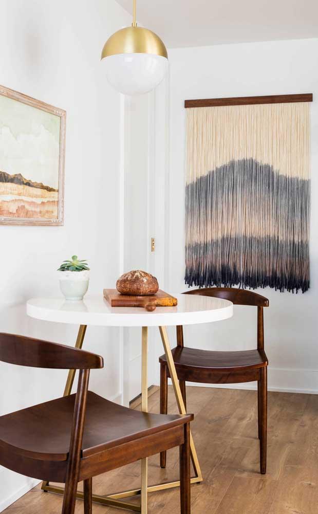 Elegância e estilo na mesa pequena redonda para cozinha
