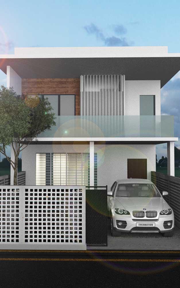 Casa duplex com garagem e varanda; no momento de definir a planta da casa tenha em mente todos os seus gostos e necessidades