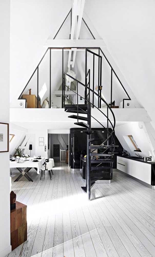 Casa duplex vista por dentro; perceba que no primeiro piso todos os ambientes são integrados