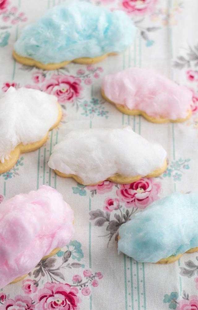 Biscoitos personalizados com algodão doce para a comemoração das Bodas de Algodão