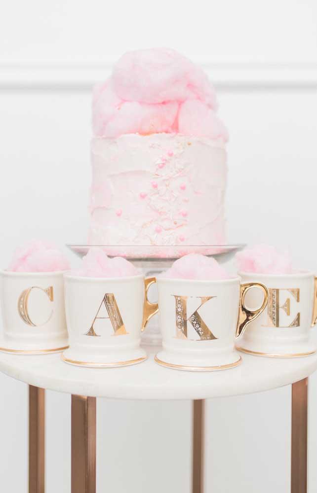 Algodão doce cor de rosa para decorar o bolo das Bodas de Algodão
