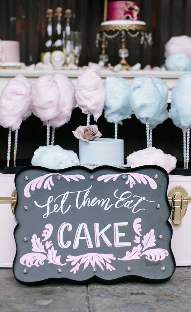 Algodão doce é sempre uma boa pedida para decorar e servir nas Bodas de Algodão