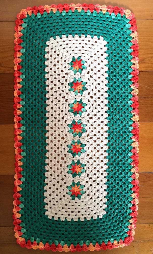 O tapete de crochê com flor no meio mais fácil de fazer do mundo!