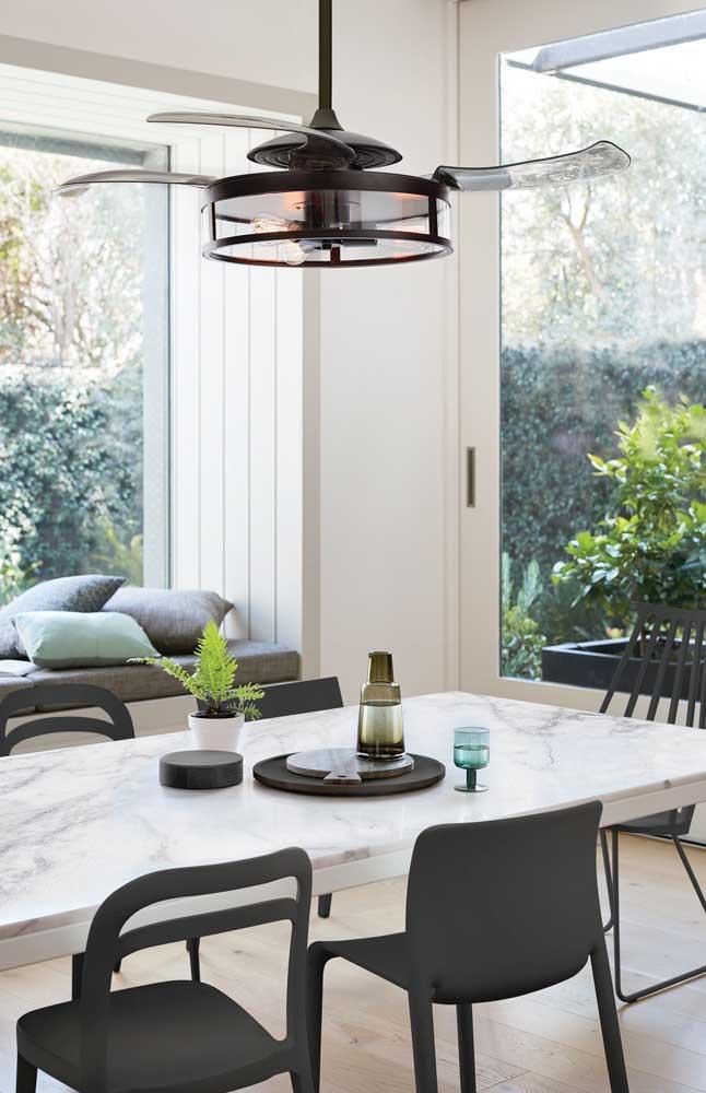 Um ventilador de teto com luminária super moderno para você se inspirar