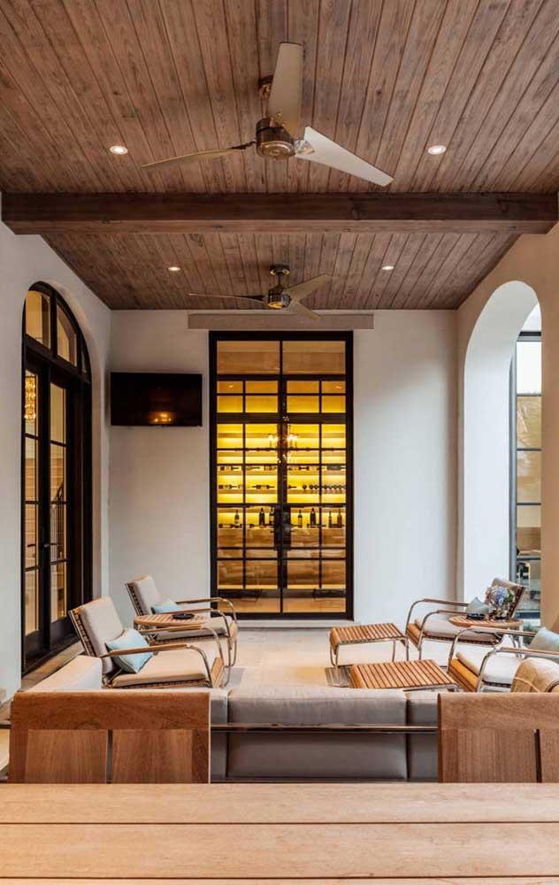 Ambientes integrados podem e devem contar com mais de um ventilador de teto
