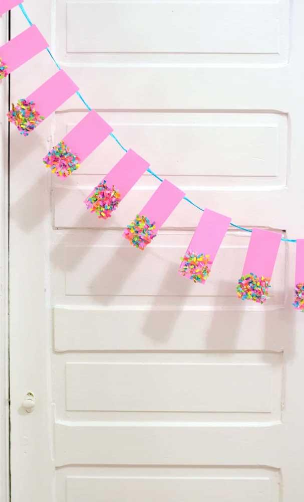 Um formato diferente e inusitado para as bandeirinhas de festa junina; perfeito para quem deseja fugir do padrão