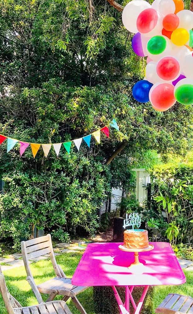 Bandeirinhas de festa junina super coloridas como devem ser!