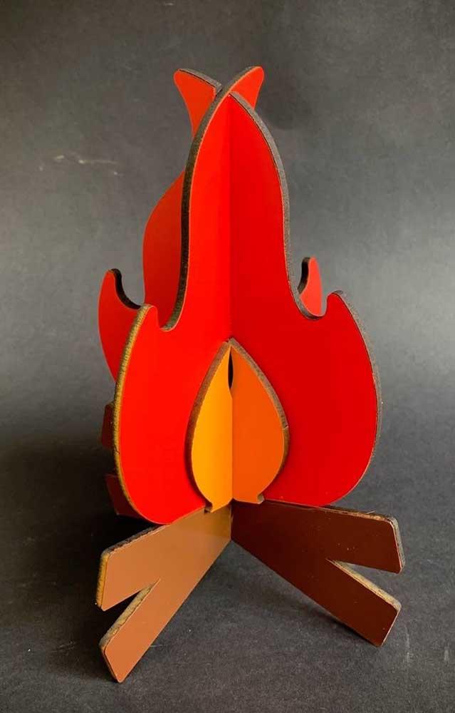 Fogueira artificial de papelão com efeito 3D