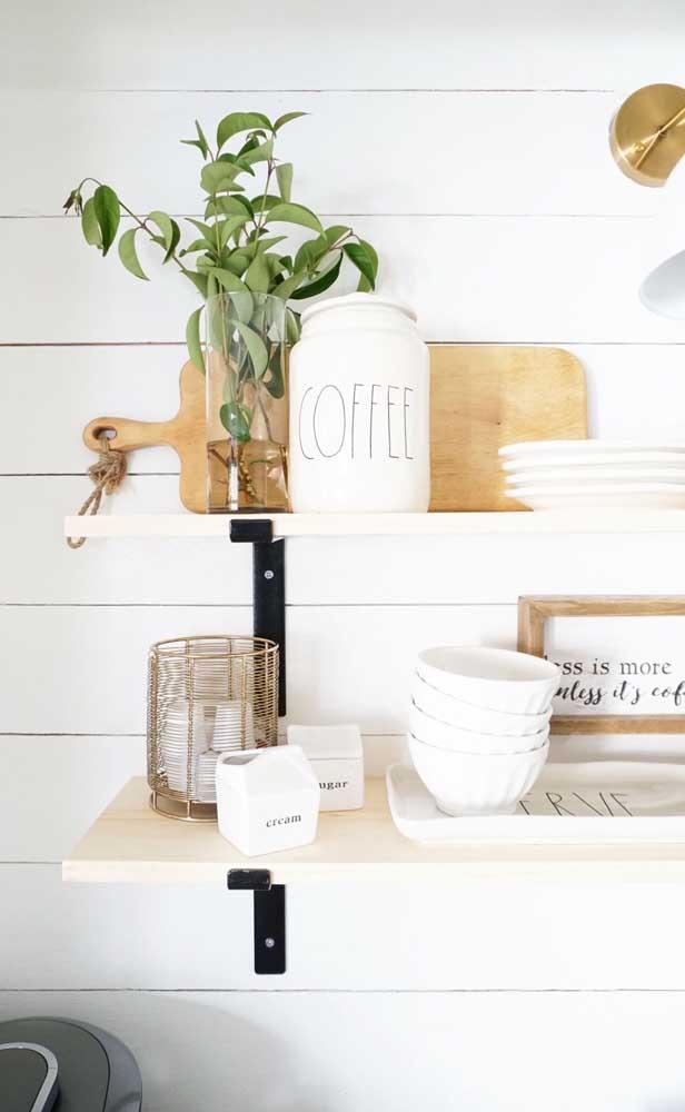 Cantinho do café na prateleira: ideia simples, bonita e barata!