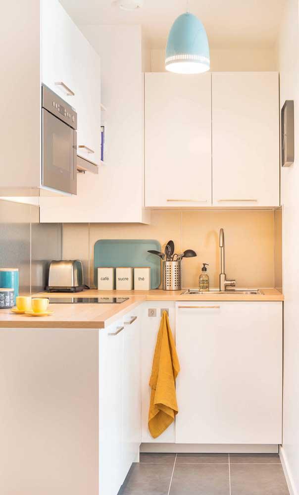 Cozinha compacta com armários planejados: o melhor custo beneficio para espaços pequenos