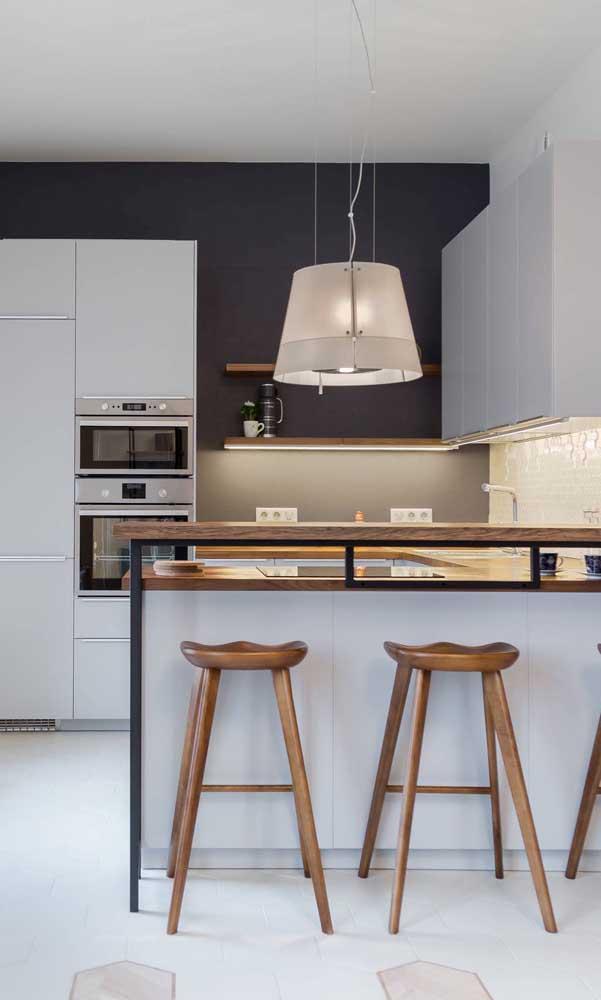 Cozinha compacta com balcão: solução perfeita para ambientes integrados