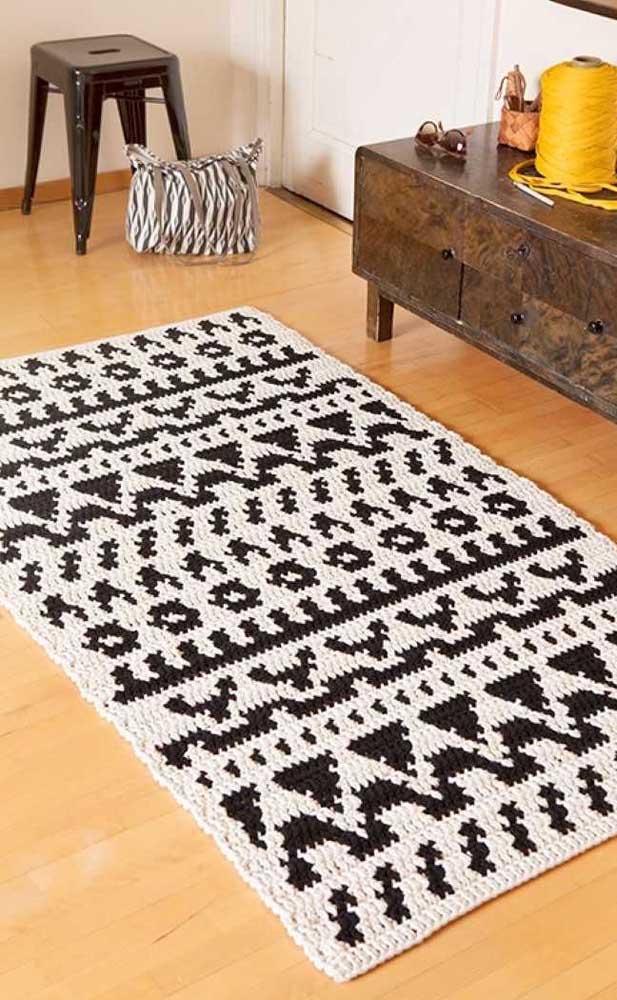Recepcione suas visitas com um lindo tapete de crochê retangular logo no hall de entrada