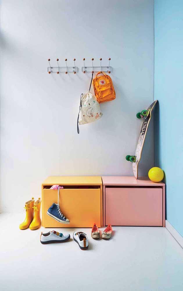 No quarto infantil, a cor salmão pode ser usada como opção ao rosa ou ao laranja convencionais