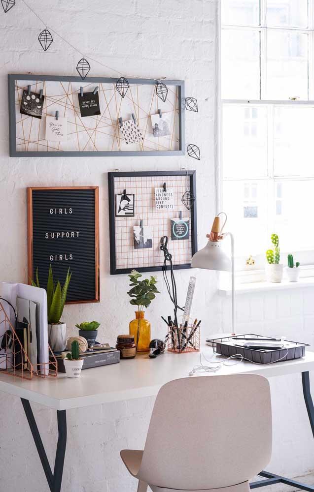 Tudo o que você precisa para os seus estudos em um só lugar: na mesa