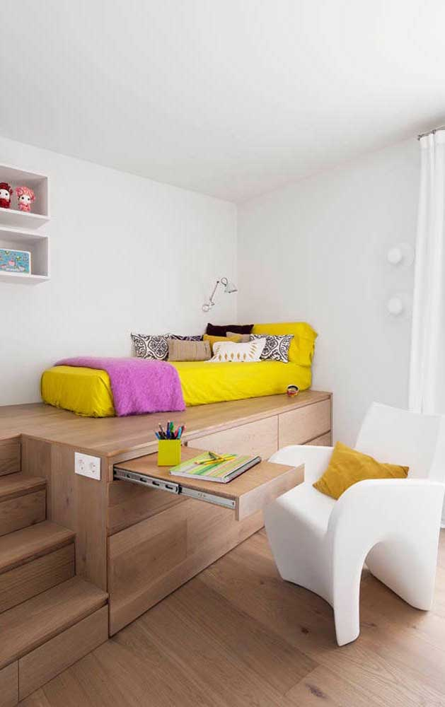 Sensacional esse modelo de mesa de estudo retrátil; perfeita para os quartos pequenos