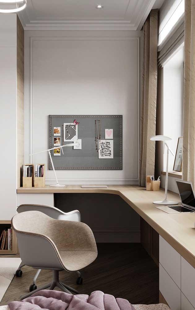 Mesa de estudo para quarto em formato L: modelo perfeito para quartos maiores