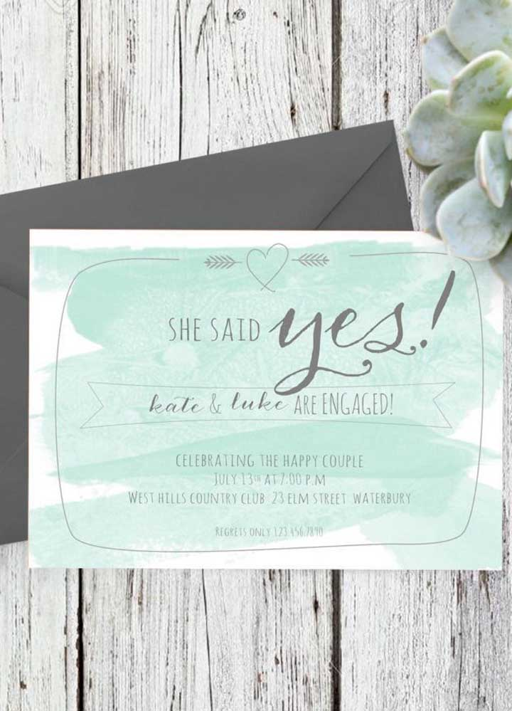 Se a intenção é fazer algo mais chamativo, que tal falar para todo mundo que a noiva aceitou se casar?
