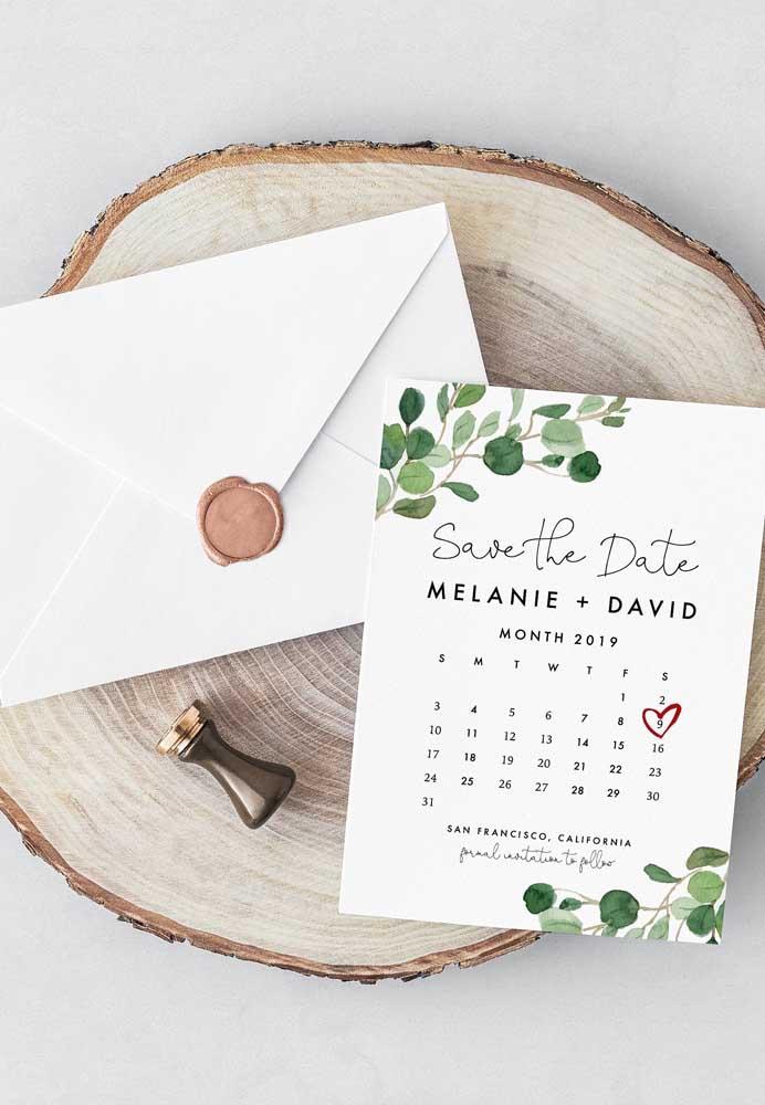 Não quer deixar seus convidados perderem a festa de noivado? Faça um convite no formato de calendário.