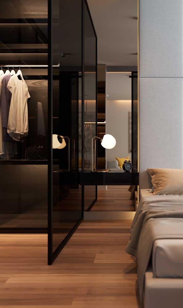 Lembre-se sempre de adequar o estilo do closet ao estilo do quarto