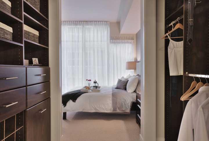Móveis planejados para o closet: beleza de qualidade para o seu armário