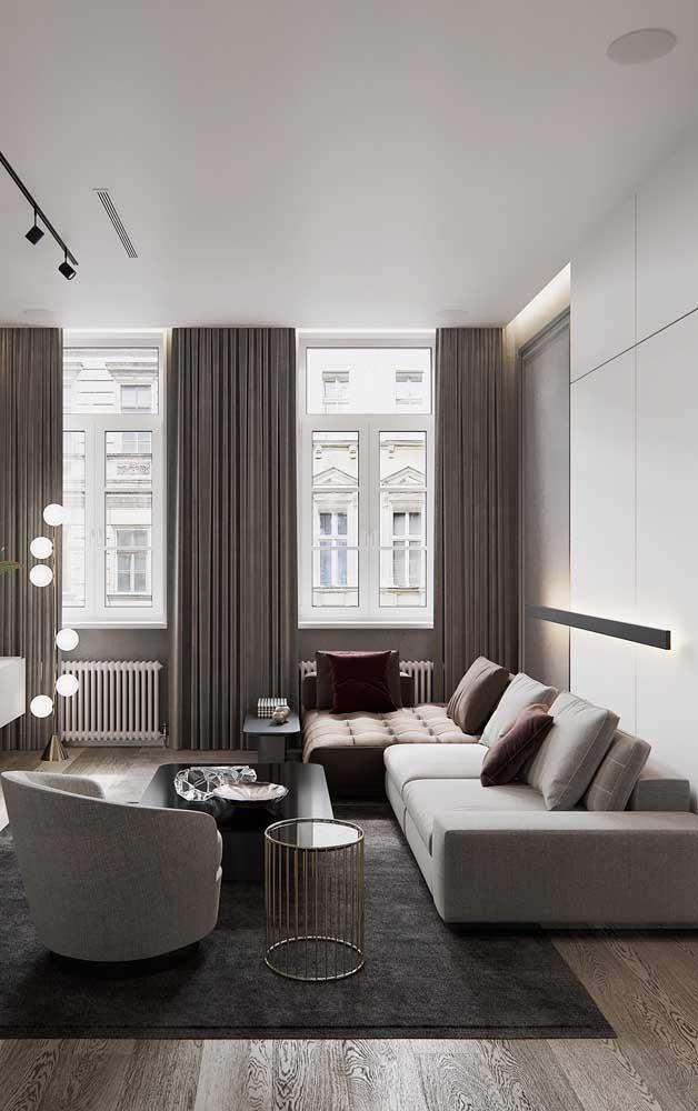Composição de cores neutras para essa chaise longue que substitui o sofá
