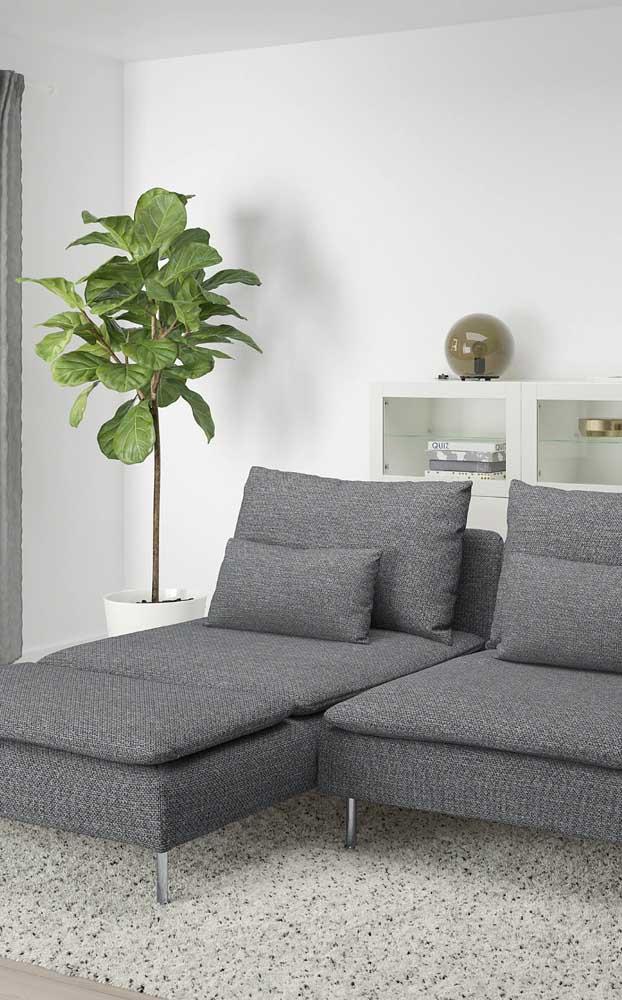 Que tal uma chaise longue de design moderno na cor cinza?