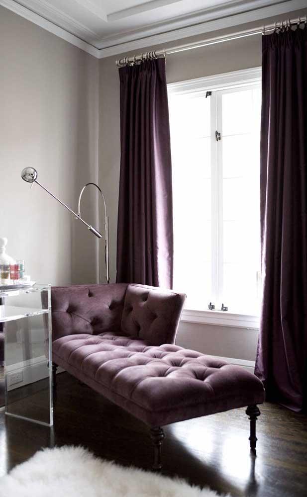 Chaise longue com acabamento capitonê: perfeito para reforçar o aspecto glamouroso do móvel