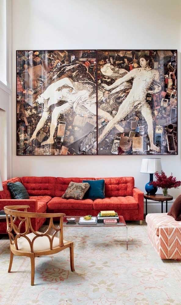 Sofá vermelho de canto para trazer conforto e beleza à sala de estar grande