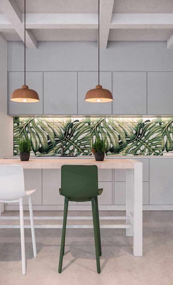 Cozinha americana planejada simples com balcão: para diferenciar, uma inspiração botânica