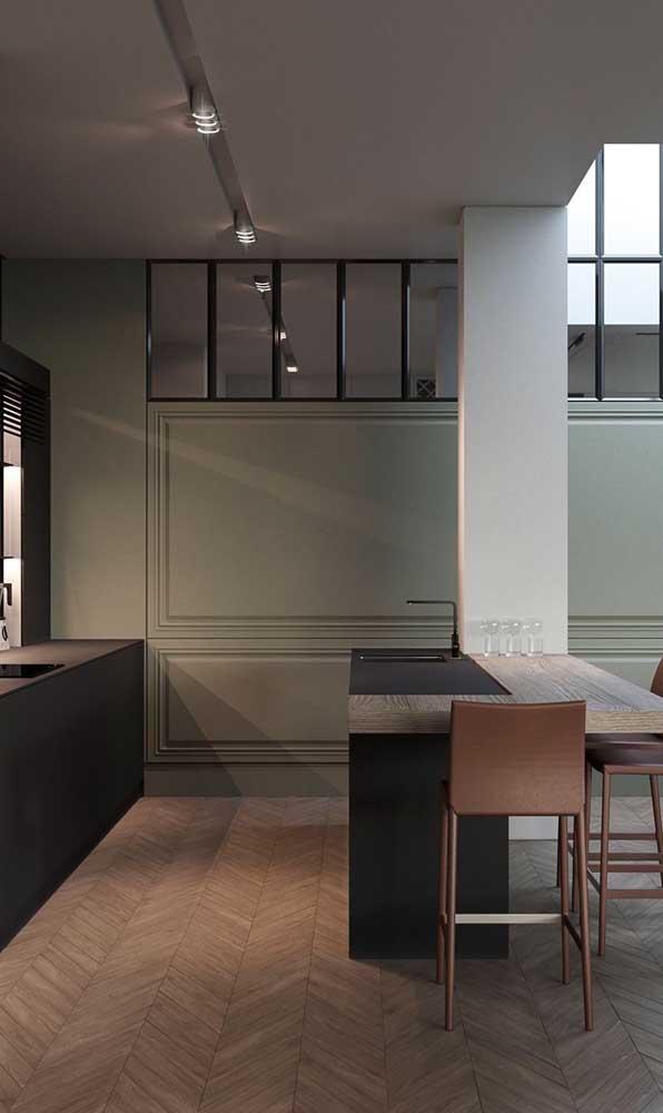 O clássico e o moderno coexistem nesse modelo de cozinha americana planejada