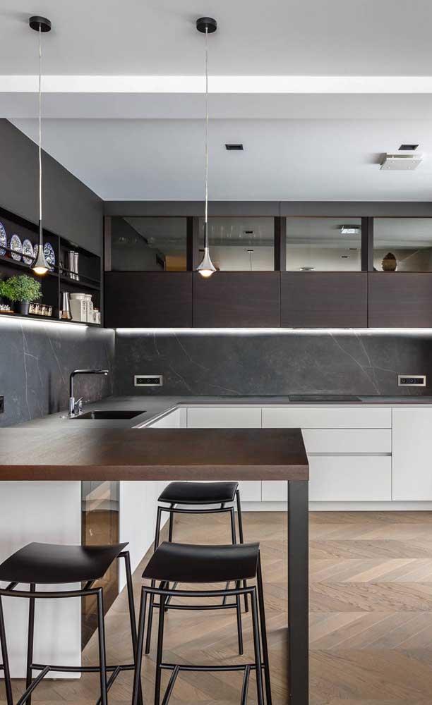 Organização é fundamental na cozinha americana, uma vez que ela interage com os demais ambientes da casa