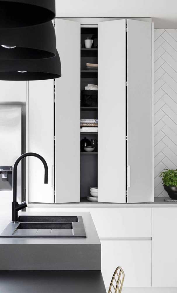 Marcenaria funcional e inteligente: tudo o que a sua cozinha americana planejada precisa