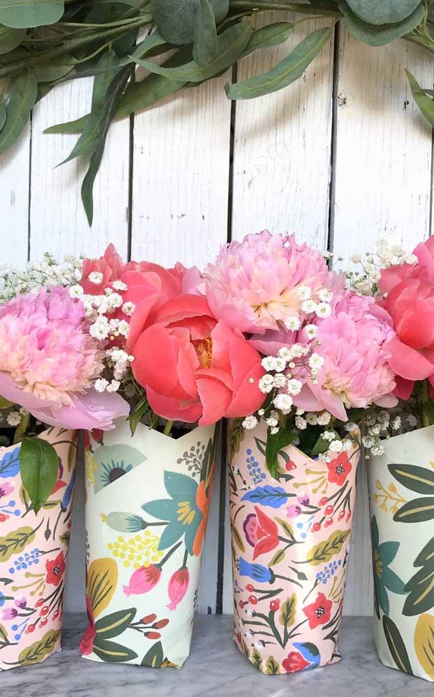 Flores! Um tipo de lembrancinha que nunca perde o valor e a importância