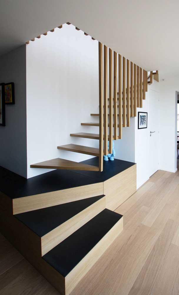 Você não vai passar por essa escada moderna autoportante sem antes cair de amores por ela