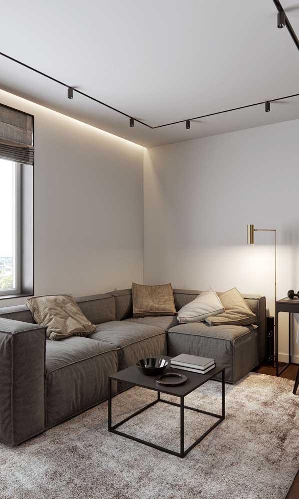 Capriche nas fontes de luz dentro da sala, sejam elas naturais ou artificiais