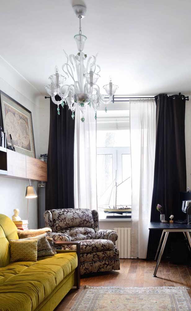O charme vintage invadiu a decoração dessa outra pequena sala de estar