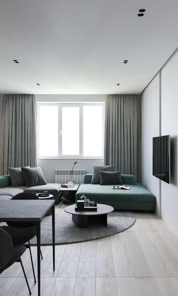 Mas se preferir, pode apostar em um sofá verde, olha que incrível!