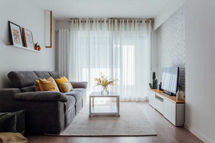 Proporção é a chave do sucesso em uma decoração de sala pequena